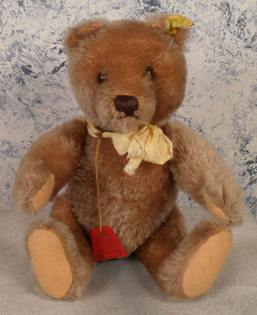 1951-58 5328,2 Steiff FAO Swartz Original Teddy, carmel, no chest tag. $165.00