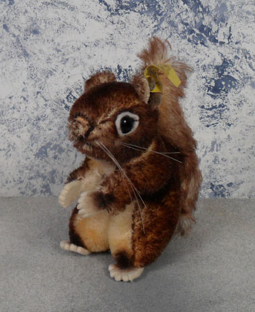 1960 4312,03 Steiff Disney Perri Squirrel, all tags, no nut. $67.50