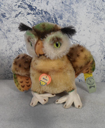 1965-67 4314.00 Steiff Wittie Owl, mohair, mint, all tags. $97.50
